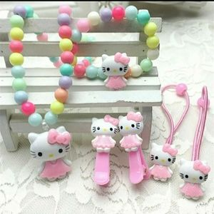 Brand New Hello Kitty Jewelry Set